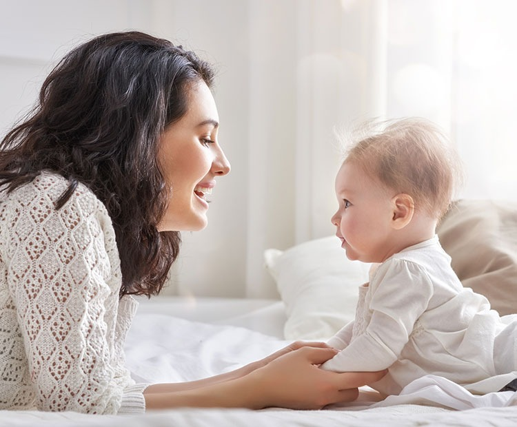 mẹ và bé